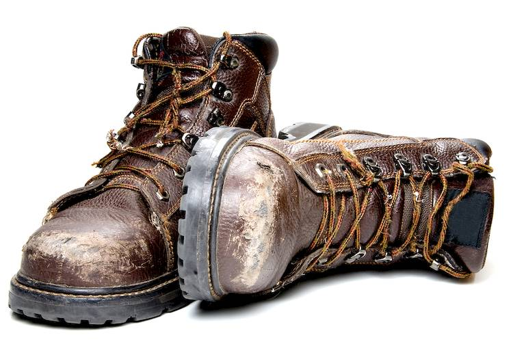10 best work boots for auto mechanics