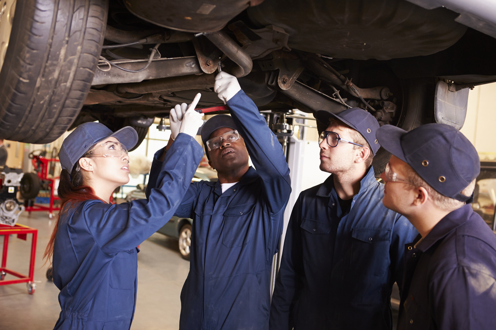 2- Best Entry-Level Auto Mechanic Jobs