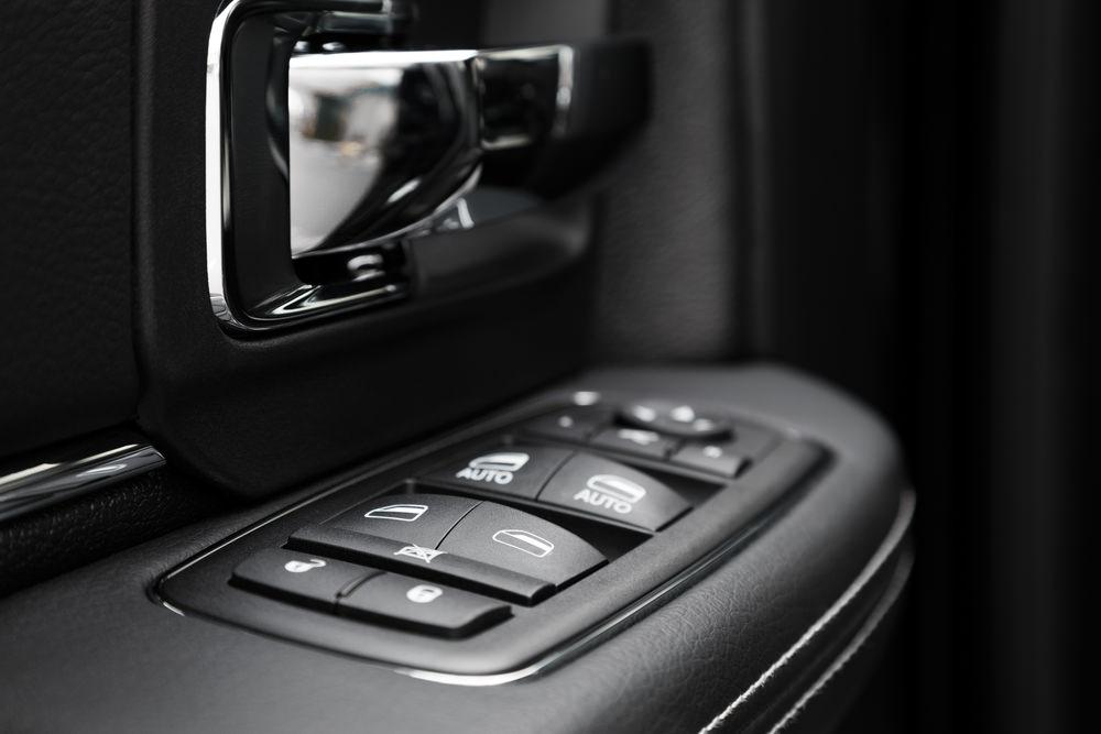 Auto-Reverse Window