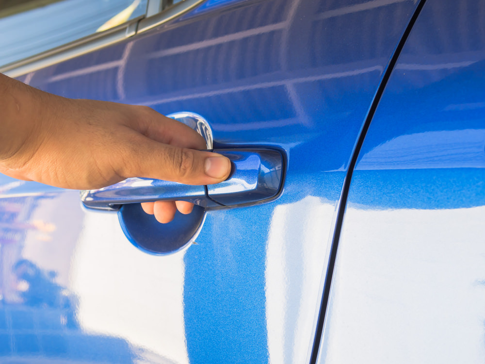 What is touch-sensitive locking? & How Touch-Activated Car Door Locks Work | YourMechanic Advice