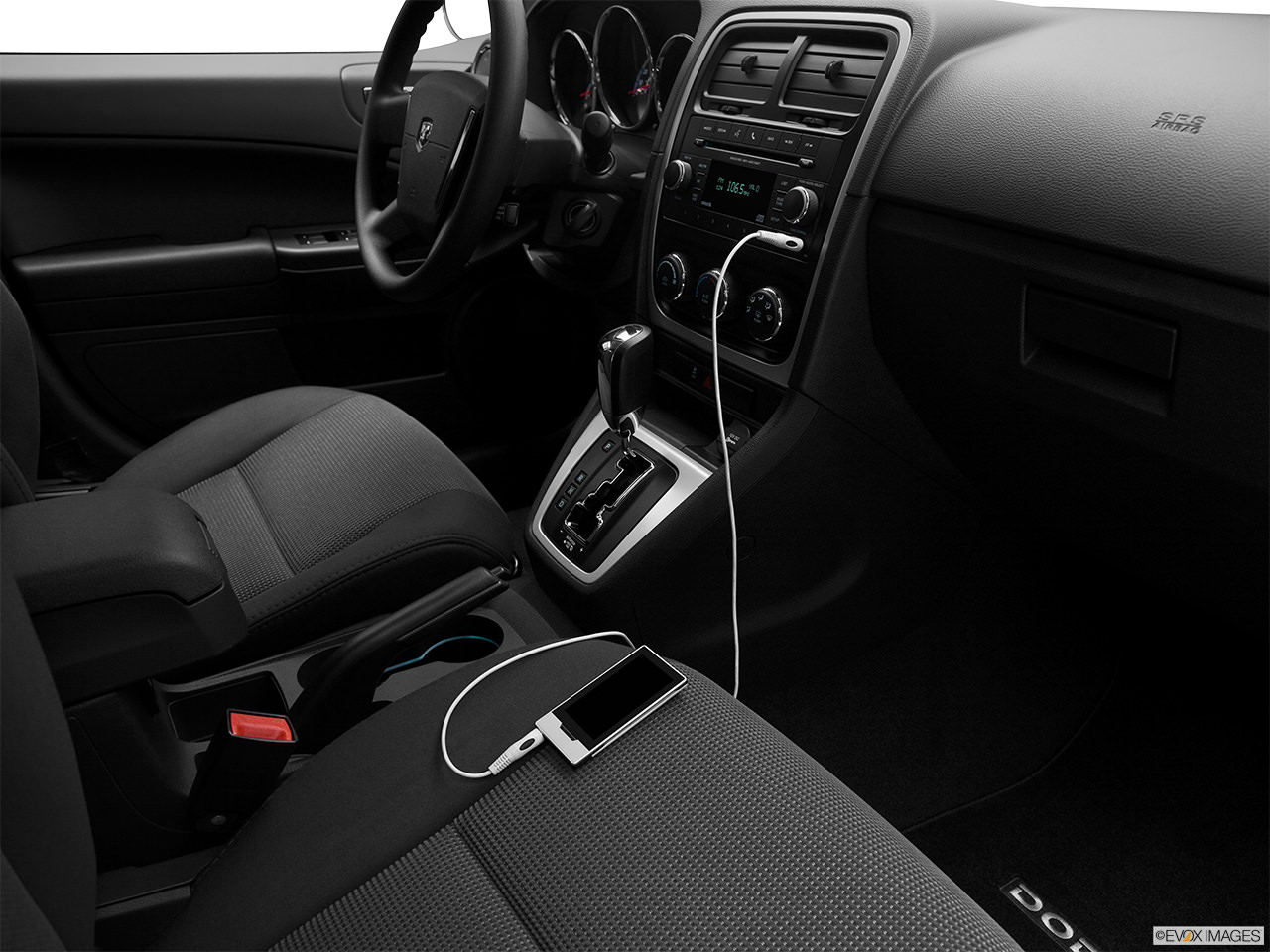 Dodge Dakota 2011 interior