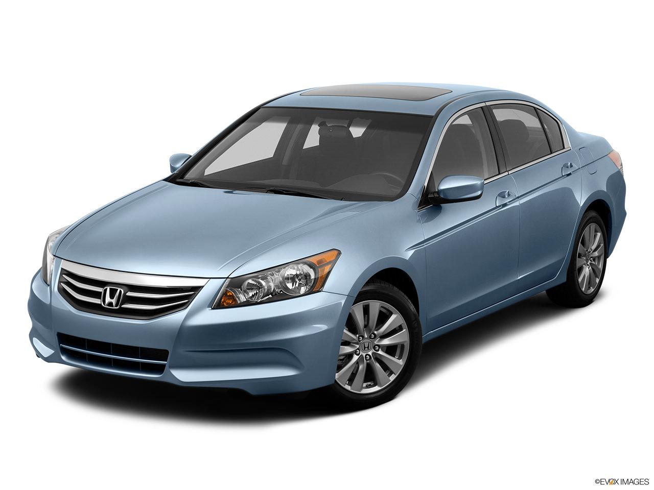 2012 honda accord vs 2012 honda civic which one should i for Honda accord vs civic