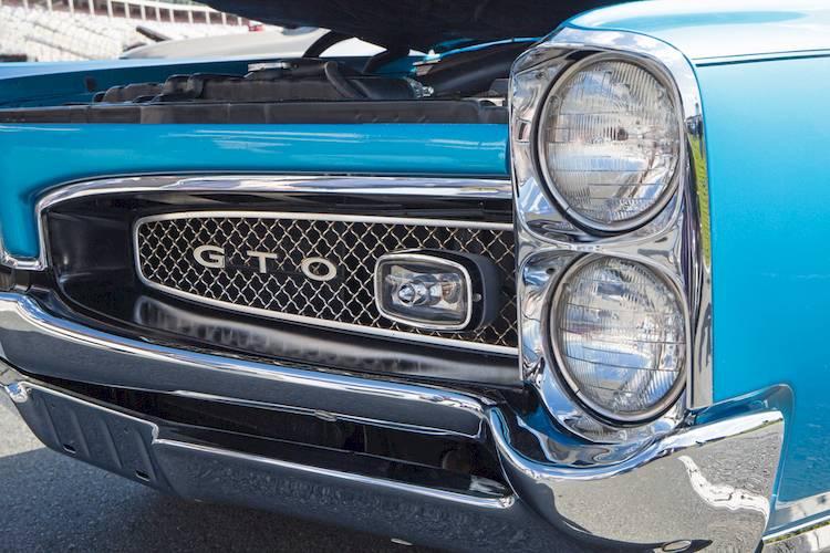 How to Buy a Classic Pontiac