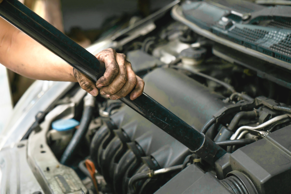 Is it Safe to Drive With a Vacuum Leak? | YourMechanic Advice