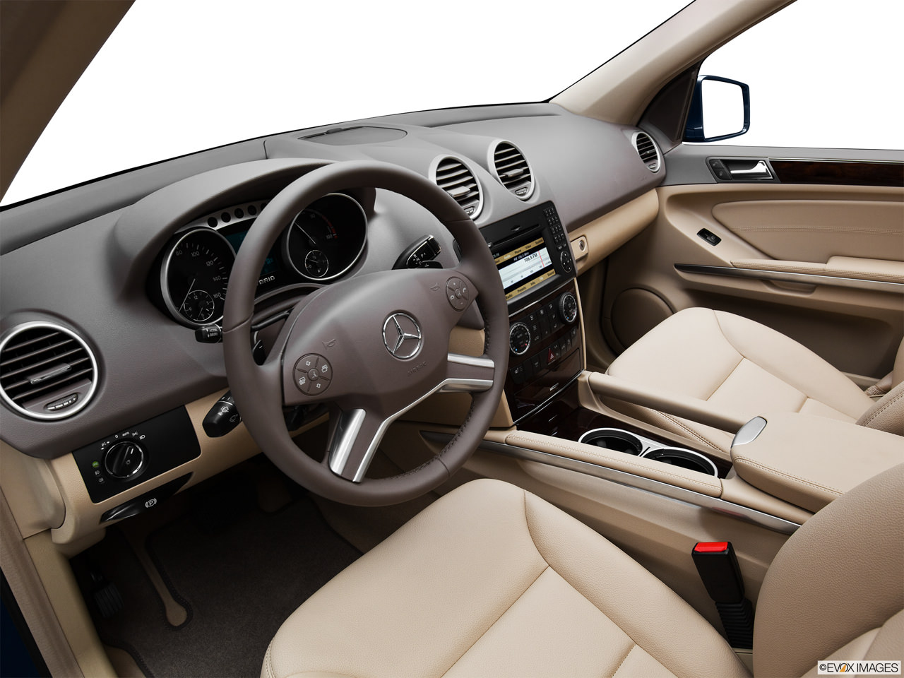 Mercedes Benz ML450 Hybrid 2012 Interior