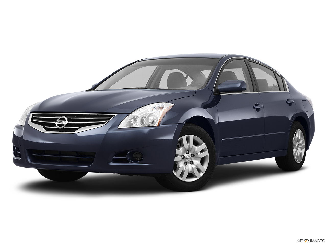 ImageDescription Nissan Altima 2012