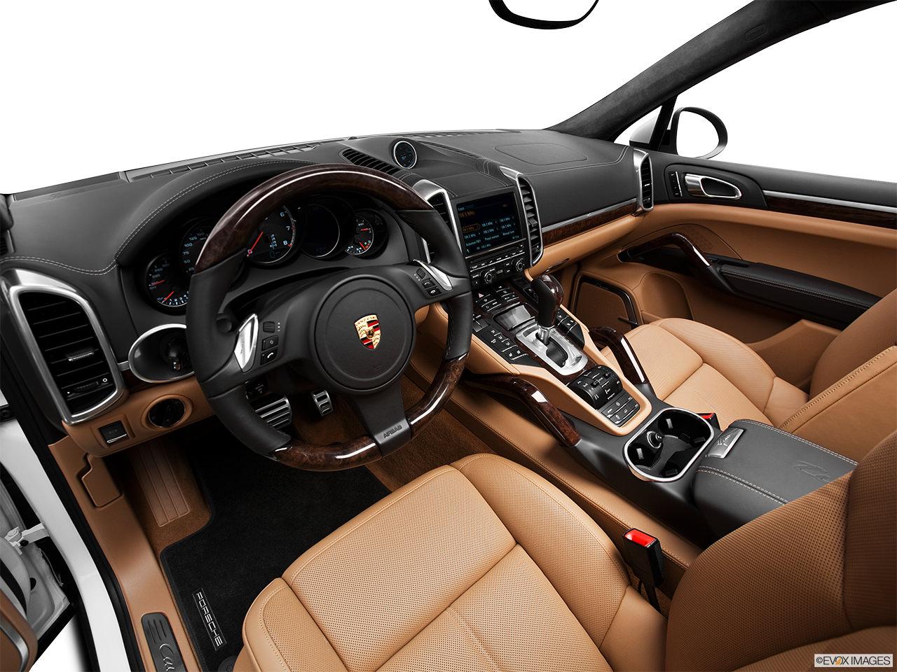 Porsche Cayenne 2012 interior