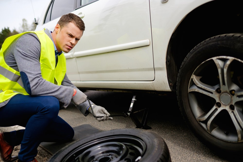 Emergency Roadside Service >> What Are Run-Flat Tires? | YourMechanic Advice