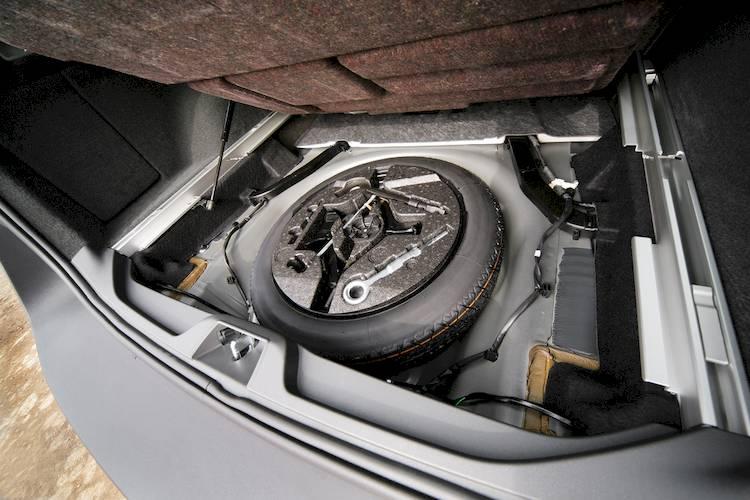 symptoms  bad  failing trunk lift support shocks