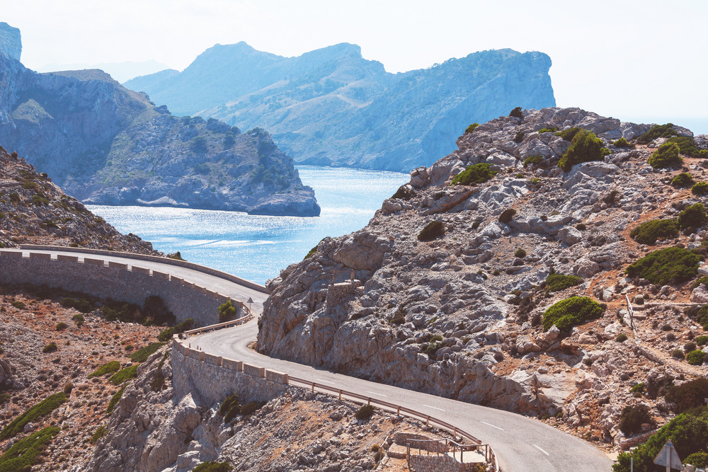 The Traveler's Guide to Driving in the Spain