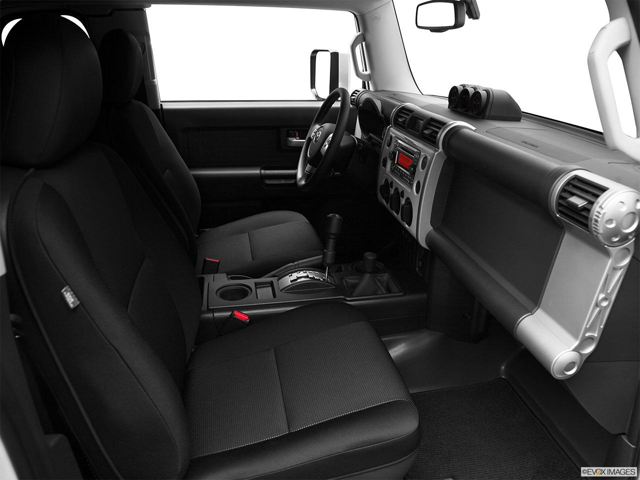 Toyota FJ cruiser 2012 interior