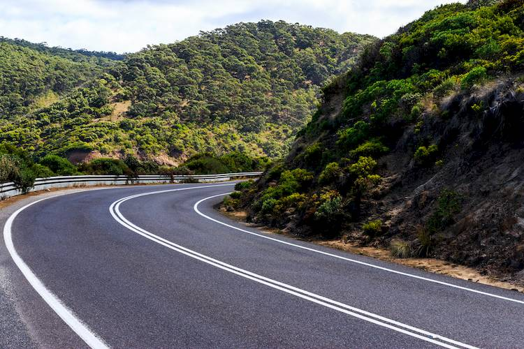 The Traveler's Guide to Driving in Australia