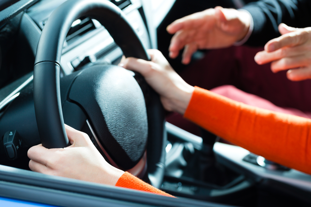 What to Look For in Performance Driving School