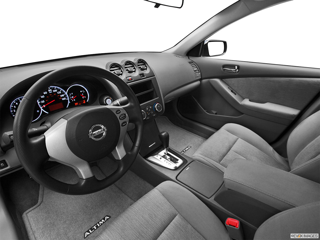 nisan altima 2012 interior
