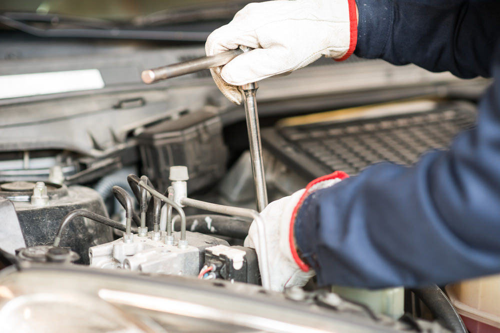 How Does a Fuel Injection Flush Work?   YourMechanic Advice