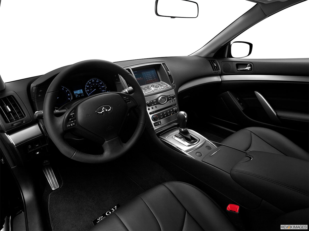 infiniti g37 coupe interior
