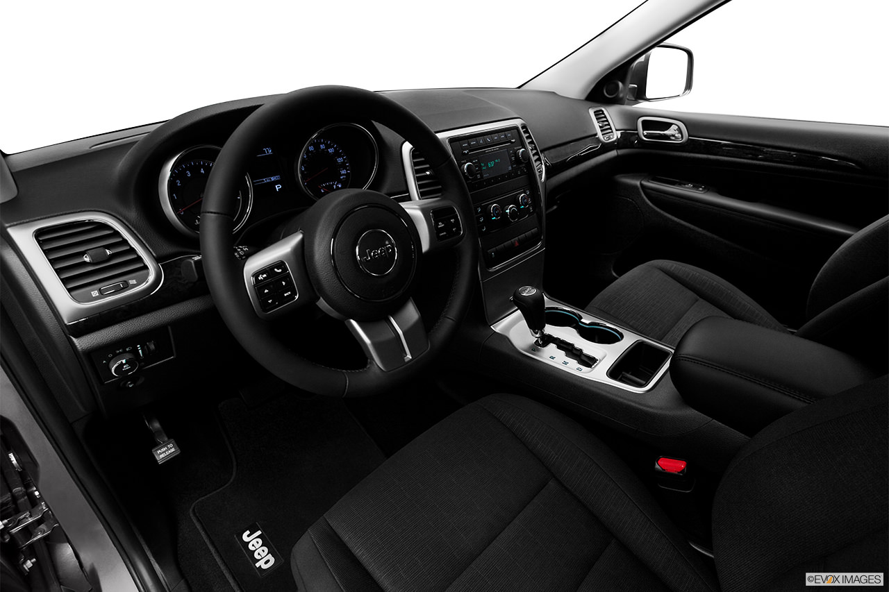 jeep grand charokee 2012 interior
