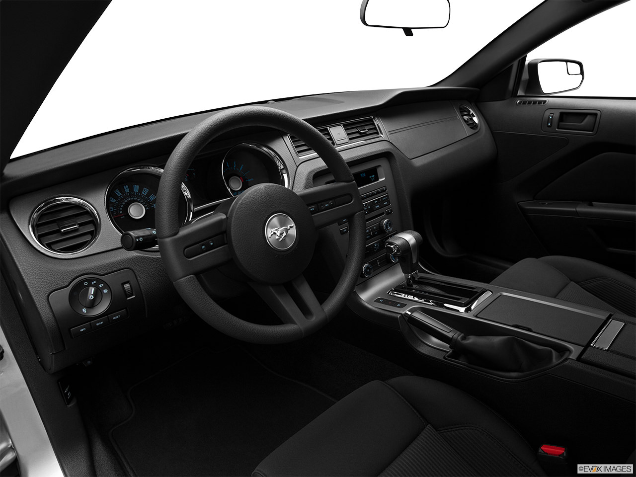 ford mustang 2012 interior
