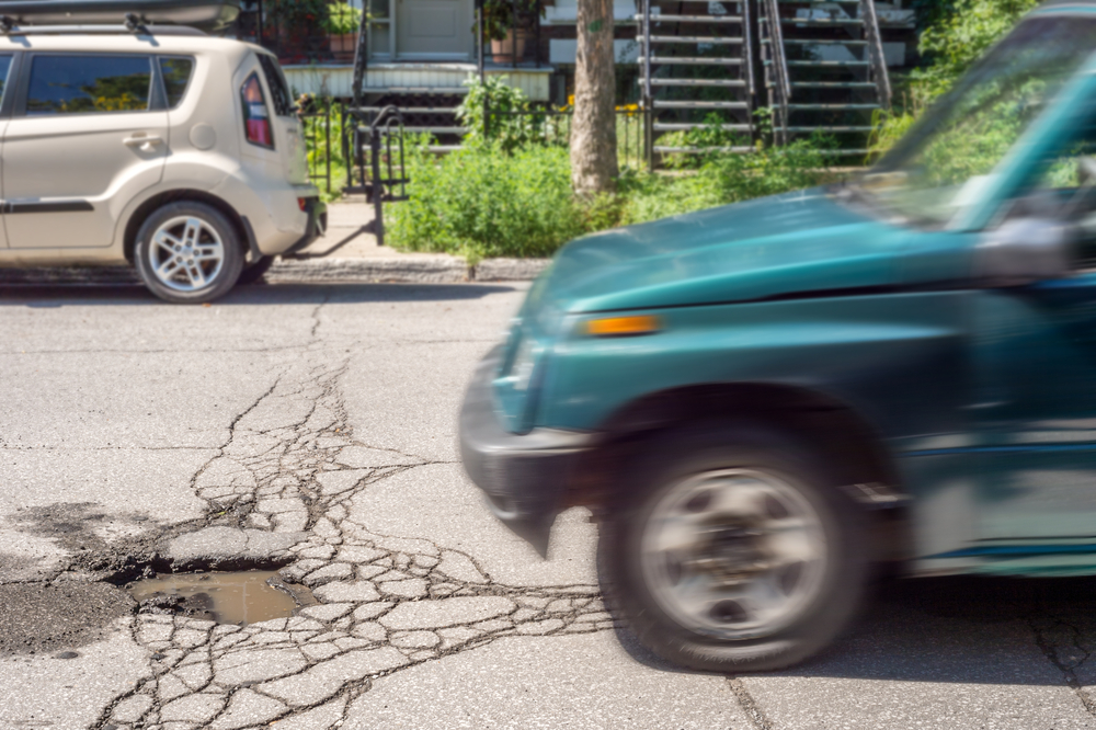 5 car parts potholes can damage