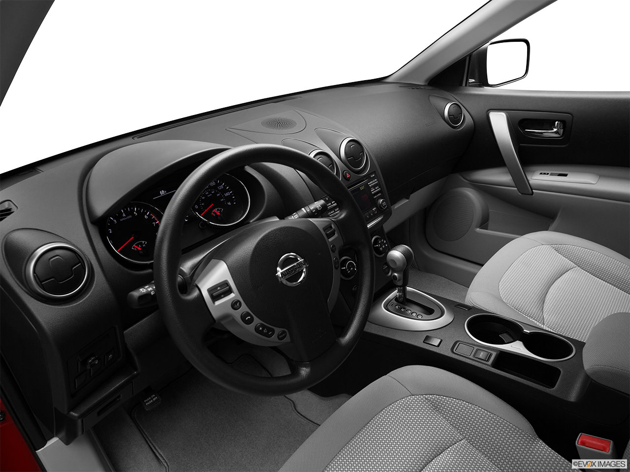 nissan rouge 2012 interior