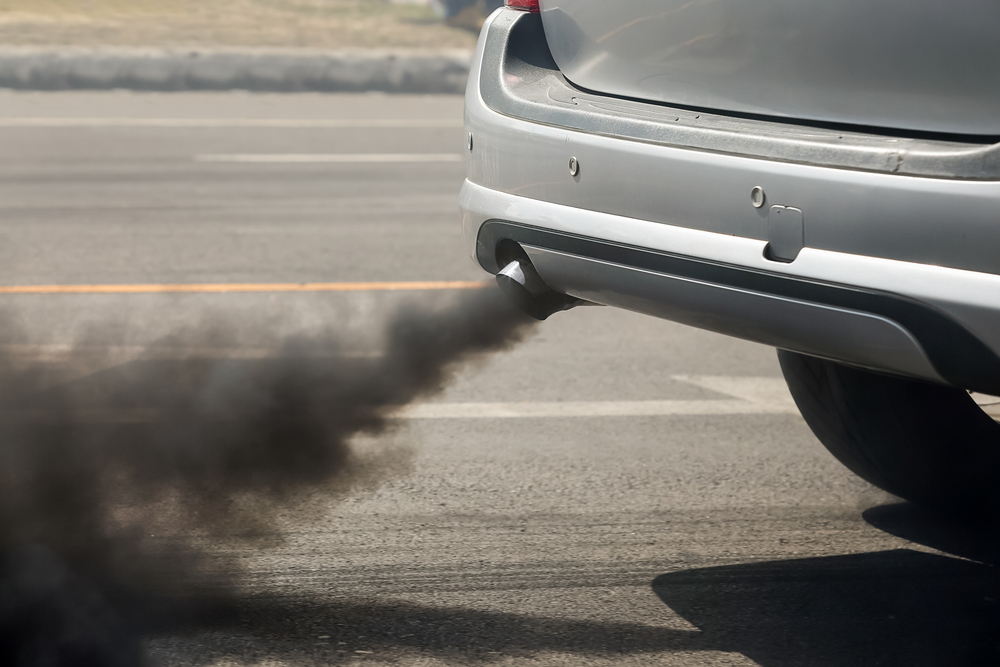 Smoky exhaust pipe